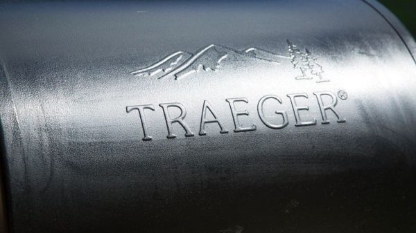 Best Traeger Smoker & Grill Reviews in 2019 - Classic vs