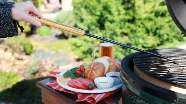 The Best Barbeque Grill Cleaning Tools