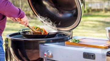 Weber® Summit® Charcoal